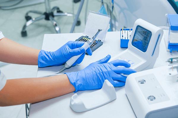 У Бахмуті на прийом до стоматолога тепер можна записатися заздалегідь