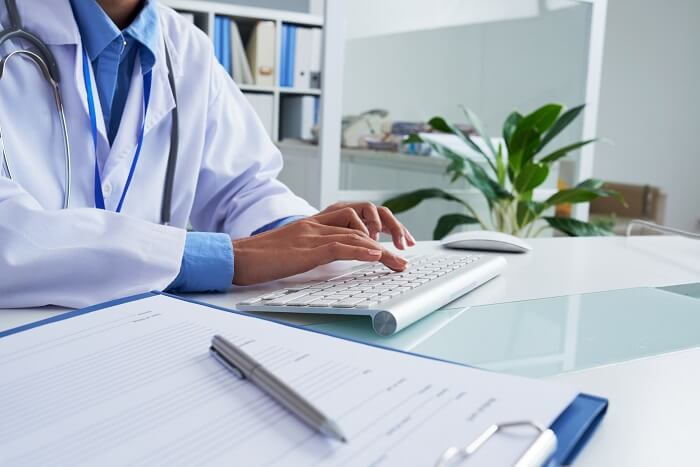 автоматизація медичних установ